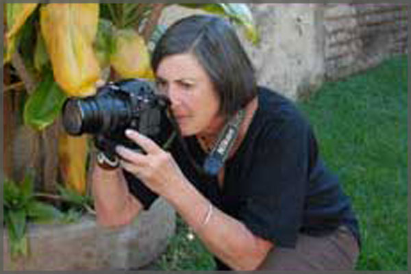 Ajijic artist and photographer Jill Flyer.