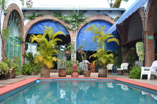 Ajijic Bed and Breakfast Villa Eucaliptos pool and patio area.